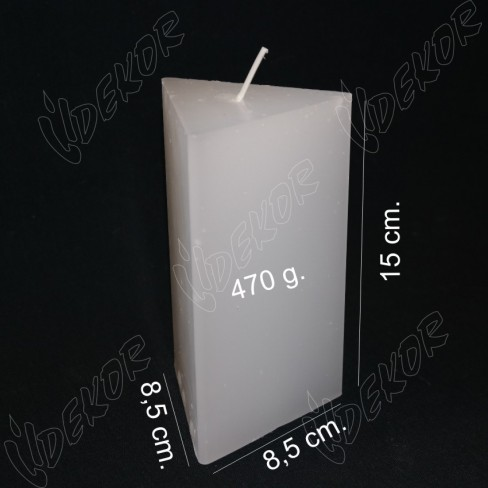 Κερί ΤΡΙΓΩΝΙΚΌ 8,5x8,5x8,5x15cm.
